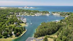 Hotels in Charlevoix